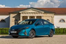 2017 Prius Plug-In Hybrid Węgry