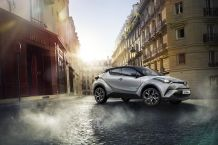 2016_Toyota_C-HR_MARK_06